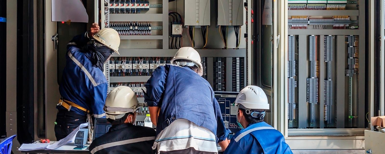 Électricien : Un électricien idéal ?